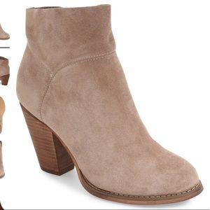 Sole Society Alexi Bootie Tan Suede Size 8